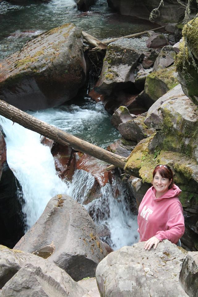 water over rocks in crevasse